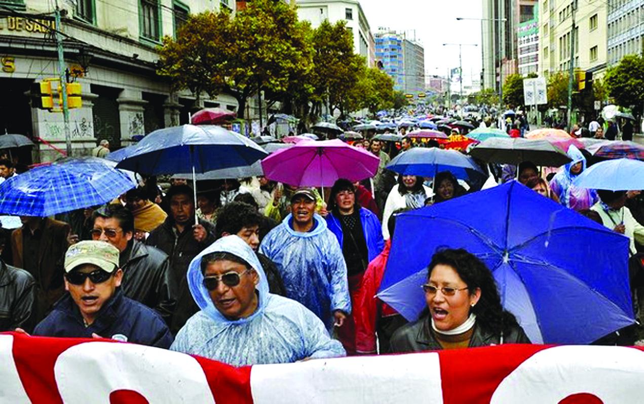 Se incrementan las protestas en Bolivia