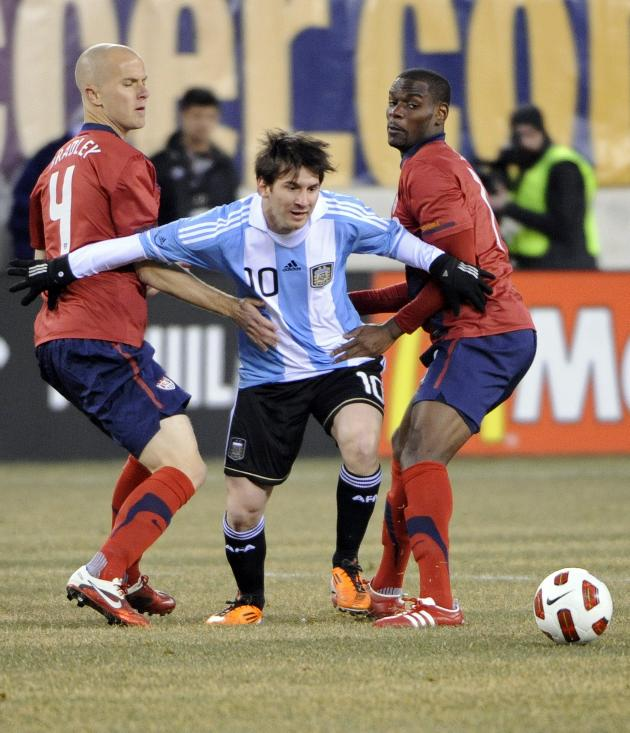 EE.UU. empató con Argentina y perdió con Paraguay