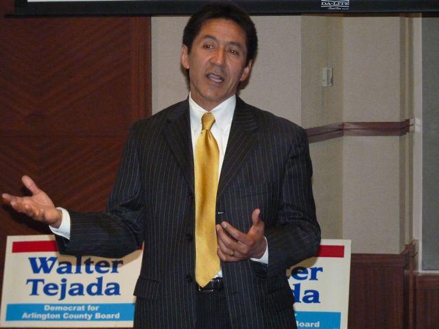 Walter Tejada busca reelegirse por tercera vez en el Gobierno de Arlington
