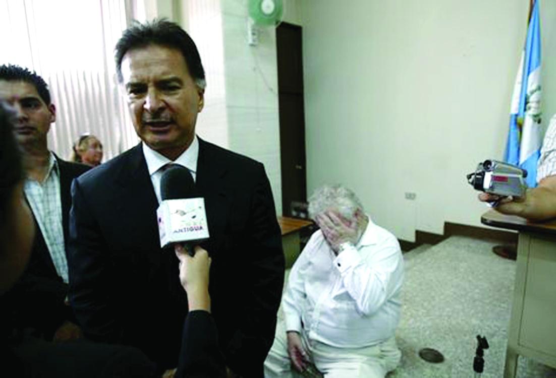 Tribunal absuelve a ex presidente Portillo