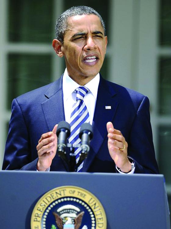 Obama firma el plan para elevar el techo de deuda y evitar la quiebra