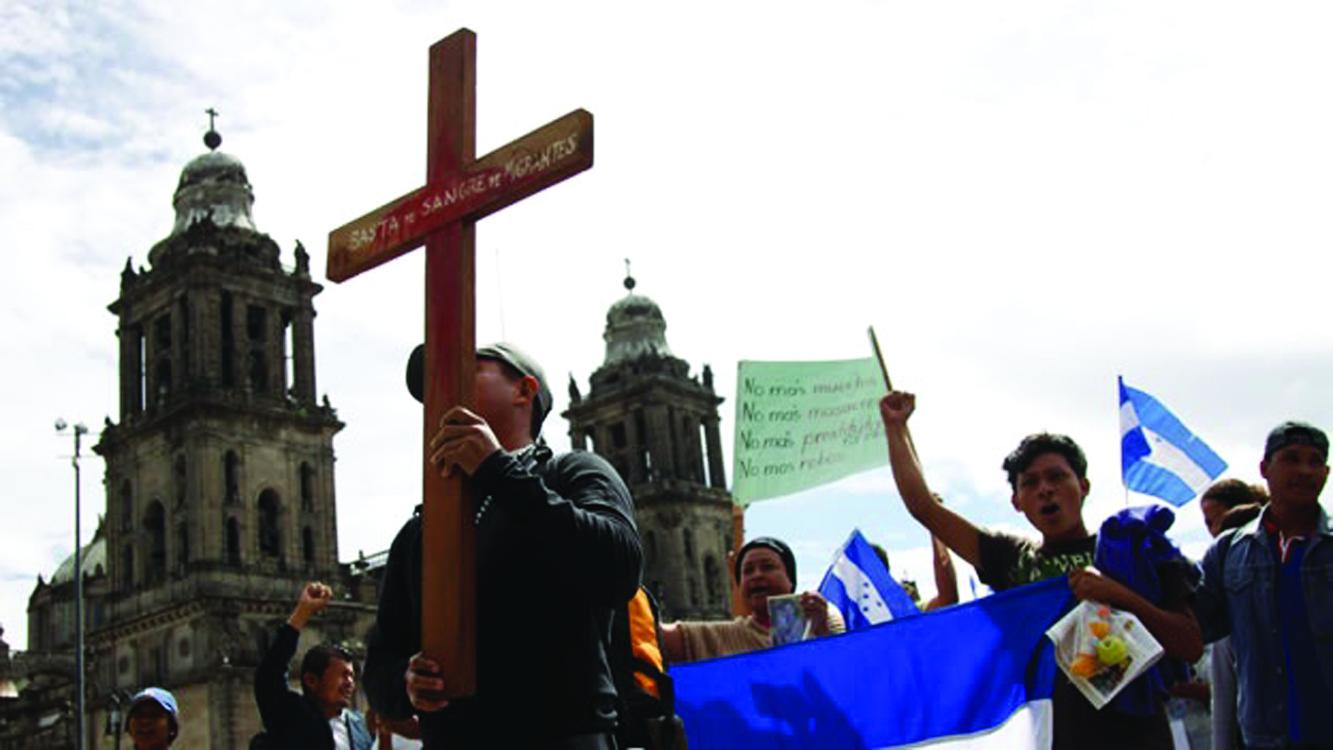 Entregan visas a migrantes para que busquen familiares desaparecidos en México