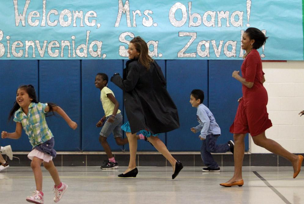 Niña enfrenta a Primera Dama al preguntar sobre inmigración