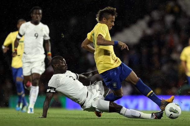 Brasil derrota 2-0 a Argentina en amistoso