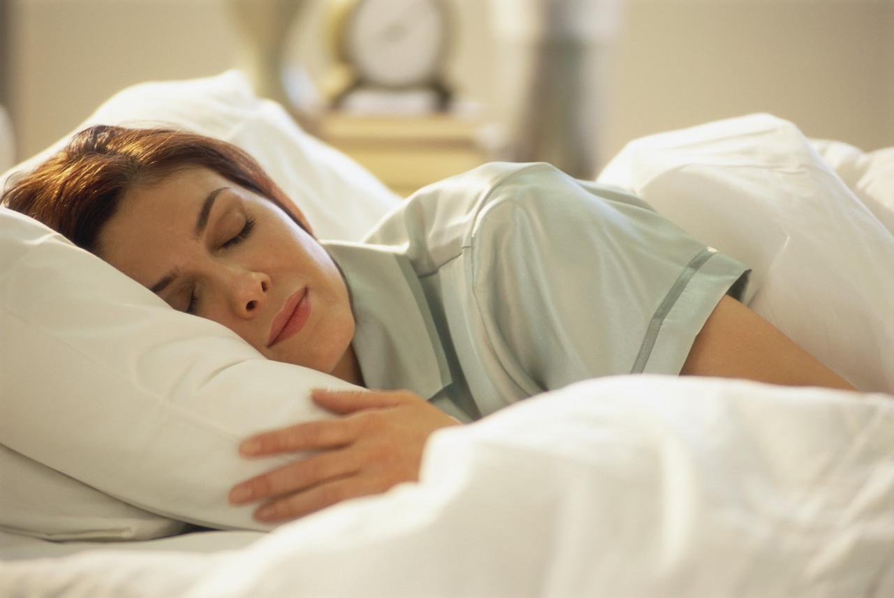 La falta de sueño profundo contribuye a la alta presión arterial