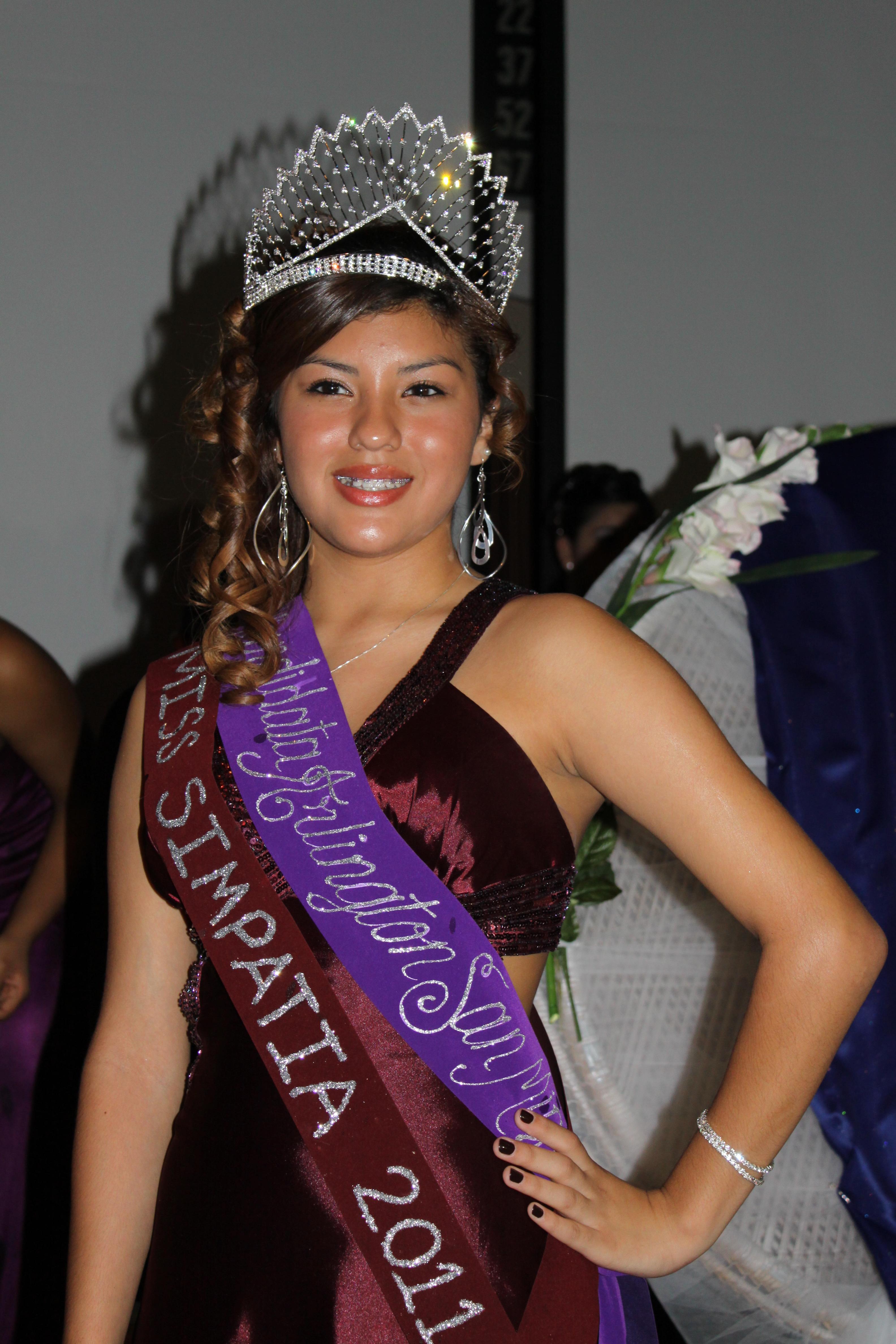 Reina de Arlington al Carnaval de San Miguel