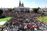 Multitudinaria marcha exige vivos a los estudiantes