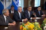 Obama quiere 1.000 millones de dólares para Centroamérica en 2016