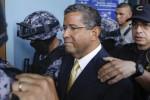 Buscan en 19 países cuentas bancarias del expresidente Flores
