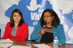Viceministra para los Salvadoreños en el exterior responde