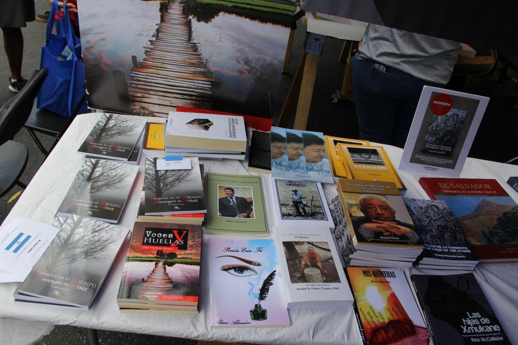 La literatura salvadoreña presente en Fiesta DC