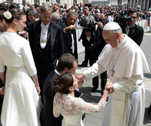 Efectos Del Matrimonio Catolico : El papa quiere agilidad en trámites de anulación