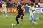 D.C. United golea 3-0 al Crew