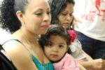 Madre inmigrante salvadoreña recibe perdón por conducir sin licencia