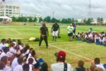 Los Redskins con la comunidad latina