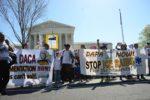 Crece movimiento legislativo para salvar el DACA antes de fin de año