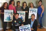 Salvadoreños con TPS agilizan renovación